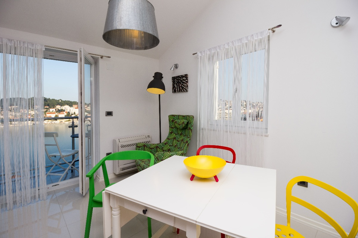 Stylishly decorated apartment Olive at Montevideo house with a modern technological equipment