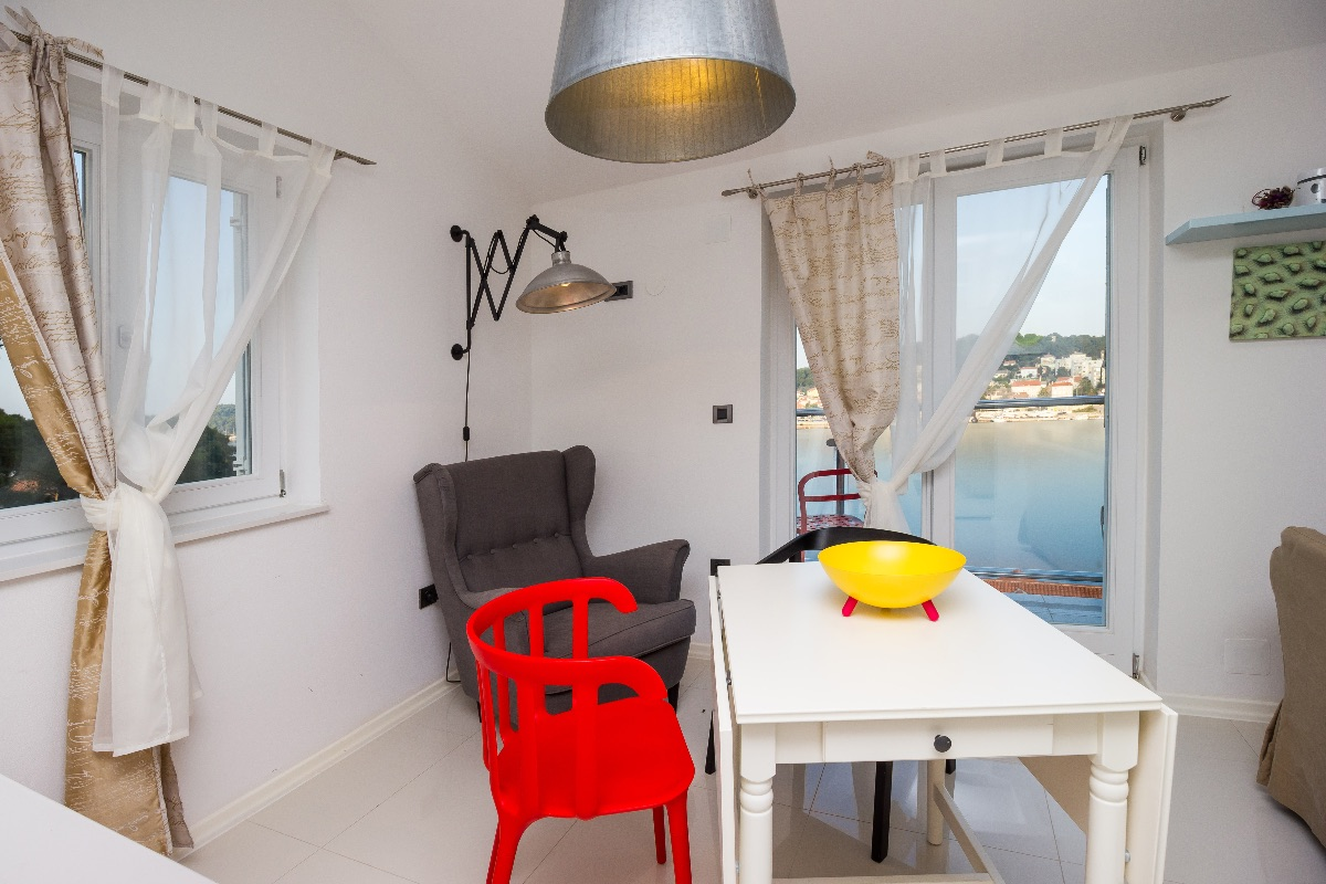 Sea view apartment Popeye with private parking place, Wi-Fi...